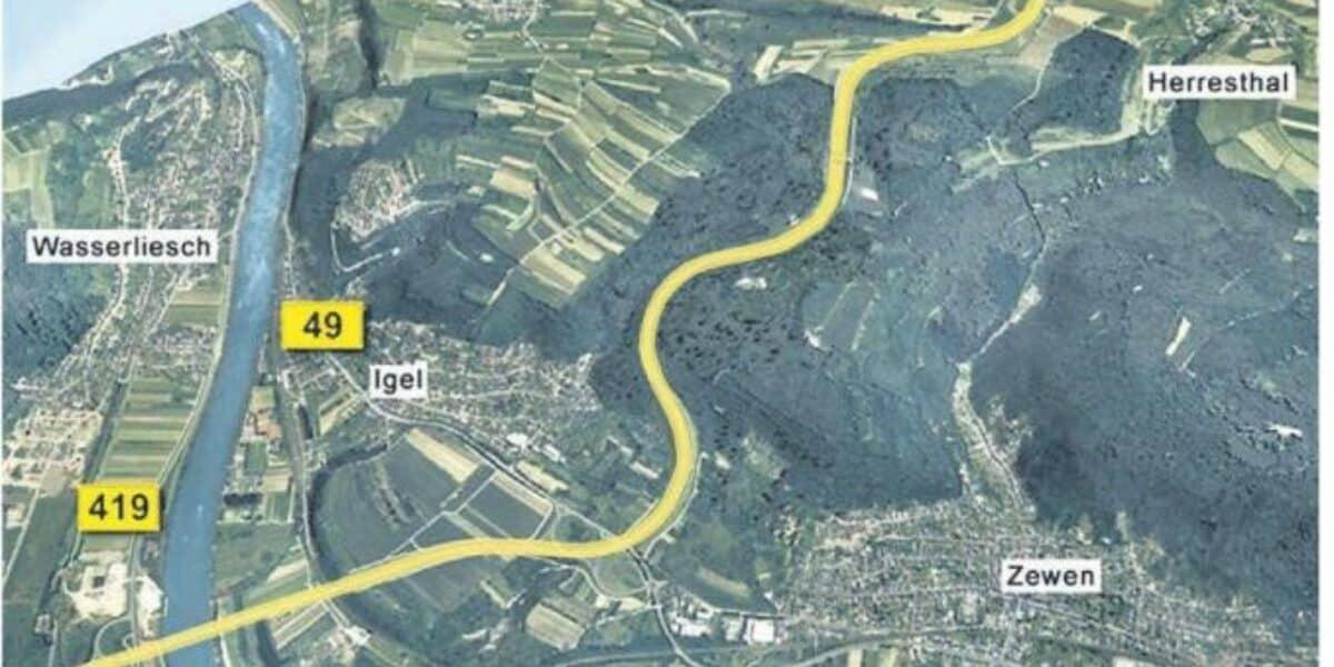 Diegrenzgaenger - Grenzgebiet in Luxemburg. Arbeit in ...